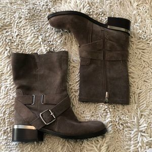 💜Host Pick💜Vince Camuto Suede Moto Booties
